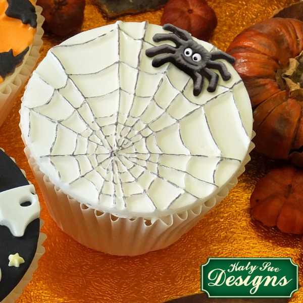 bakeria halloween spinnennetz design matte halloween spiders spider web mat. Black Bedroom Furniture Sets. Home Design Ideas