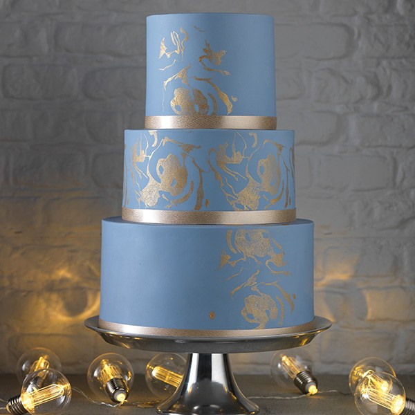 bakeria house of cake gold writing icing 25g gold schirmmerndes icing f r tortendesigns. Black Bedroom Furniture Sets. Home Design Ideas